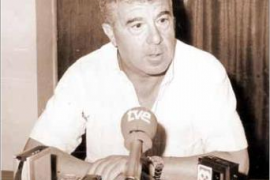 1976-86: Contestí llega a un club en situación crítica