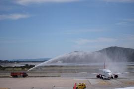 Jungfernflug der Linie Amsterdam-Ibiza von Corendon Airlines