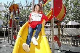 «Desde que estoy al lado de Pedro Sánchez en el Congreso mi hija me pide que no salga tanto en la tele»