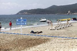 La frontera de Platja d'en Bossa: una playa, dos municipios, diferente trato