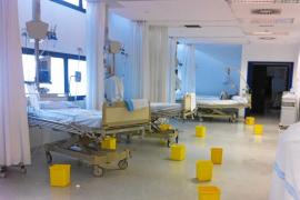 Un hospital nuevo con goteras
