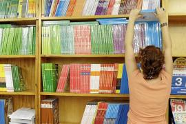 El programa de reutilización de libros subirá de 10 a 50 euros el próximo curso