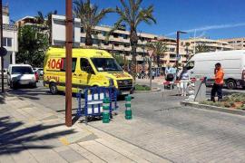 La ausencia de policía para subir la barrera del puerto retrasa la entrada de una ambulancia