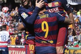 El Barça no falla ante el Granada y se corona campeón
