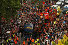 El Barça celebra el título con su afición