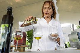 Eivissa da a conocer sus productos en su primer foro gastronómico