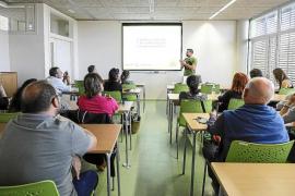El Consell celebra el Día Internacional del Reciclaje con un curso de compostaje