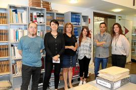 Vila digitaliza miles de licencias del archivo urbanístico desde el año 1946