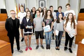 Premios para los jóvenes talentos