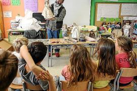 El Colegio S'Olivera rinde homenaje al juguete clásico