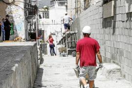 La construcción del muro de sa Penya se retrasa y acabará en dos semanas