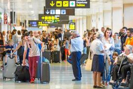 La llegada de turistas británicos aumenta un 74,3% en el primer cuatrimestre