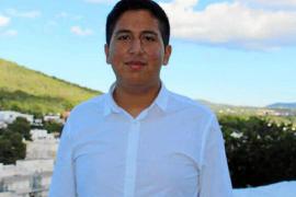 Jean Pierre Quiroz Rivera presentó 'Tanto que contar'