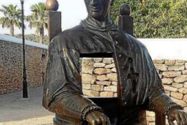 El obispo que quiso transformar las Pitiüses