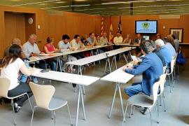 Santa Eulària reclamará al Consell y al Govern 140.000 euros por retirar los lodos