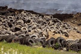 Extinguido parte del incendio de Seseña tras 20 días