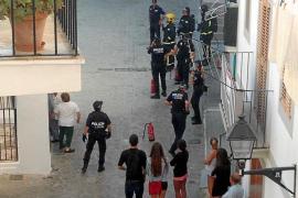 Desalojan a una decena de vecinos por un nuevo incendio en un cuadro eléctrico de Vila