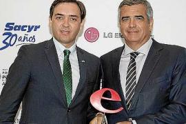 La revista 'Ejecutivos' premia a Baleària por su estrategia empresarial a lo largo de 20 años