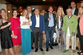 Cóctel ofrecido por el nuevo propietario del Bahía Mediterráneo