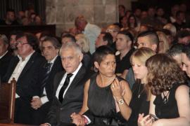 Emotivo funeral en Palma en memoria del piloto Luis Salom