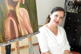 Homenaje a la mujer en 'De rojo carmín'