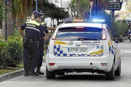 Detenido en Sant Antoni un conductor bebido tras saltarse un control policial