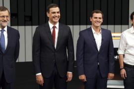 La corrupción enfrenta a los candidatos y calienta el tono del debate