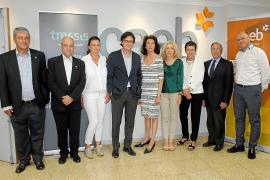 Coloquio sobre inversiones en la sede de CAEB