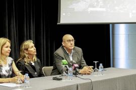 Especialistas catalanes muestran en Santa Eulària un proyecto de turismo familiar