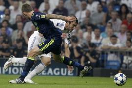 Higuaín firma un doblete para un plácido estreno europeo (2-0)