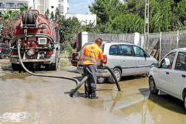 Indignación por la rotura de una tubería que lleva aguas fecales a la depuradora de Sant Antoni