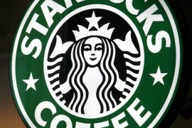 Un juez permite demandar a Starbucks por «llenar a medias» los cafés