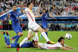Croacia manda a España al segundo puesto