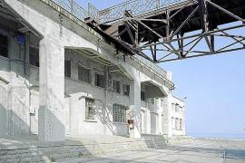 El arte de los edificios vacíos en Davide Campi