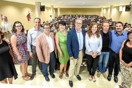 La Universitat Oberta per a Majors entrega los diplomas a sus alumnos