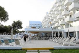 Iberostar inicia su desembarco en Eivissa con un 4 estrellas para adultos en Santa Eulària