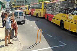 La Agrupación de Autocares Regulares exige que la parada del bus vuelva a la primera línea del Moll