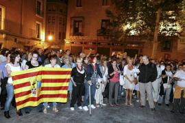 Miles de ciudadanos despiden  al cantautor, José Antonio Labordeta