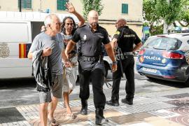 El presidente de la asociación de vecinos de Cas Serres escondía más de 50.000 euros en su casa