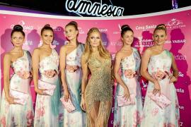 El reinado de espuma de Paris Hilton en Amnesia
