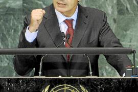 Zapatero pide una tasa a las transacciones bancarias para combatir la pobreza