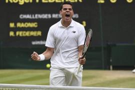 Raonic llega a su primera final de Wimbledon tras vencer a Federer y se enfrentará a Murray