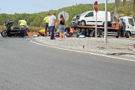 Un motorista ingresa en la UCI tras chocar contra una furgoneta en el cruce de Ca na Palava