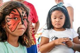 Juegos, danza y música para comenzar las fiestas de Es Pratet