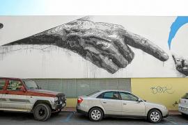 El mural de la polémica del colegio Vara de Rey será eliminado a partir del 16 de agosto