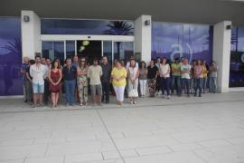 Minutos de silencio en las instituciones de la isla