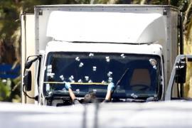 El autor de la masacre en Niza, un delincuente de poca monta y con problemas familiares