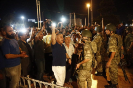 Enfrentamientos en las calles de Turquía mientras el Gobierno pide resistir