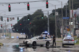 Tres policías mueren tiroteados en Estados Unidos