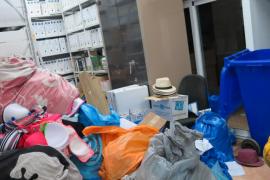 Un operativo contra la venta ambulante en ses Salines requisa 145 kilos de mercancía
